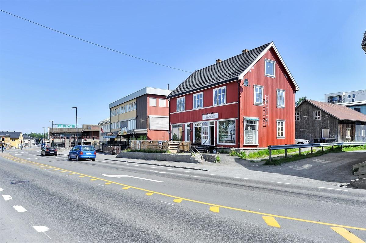 Gjestvang & Partners Gjøvik - Næringsbygg - 3 250 000,-