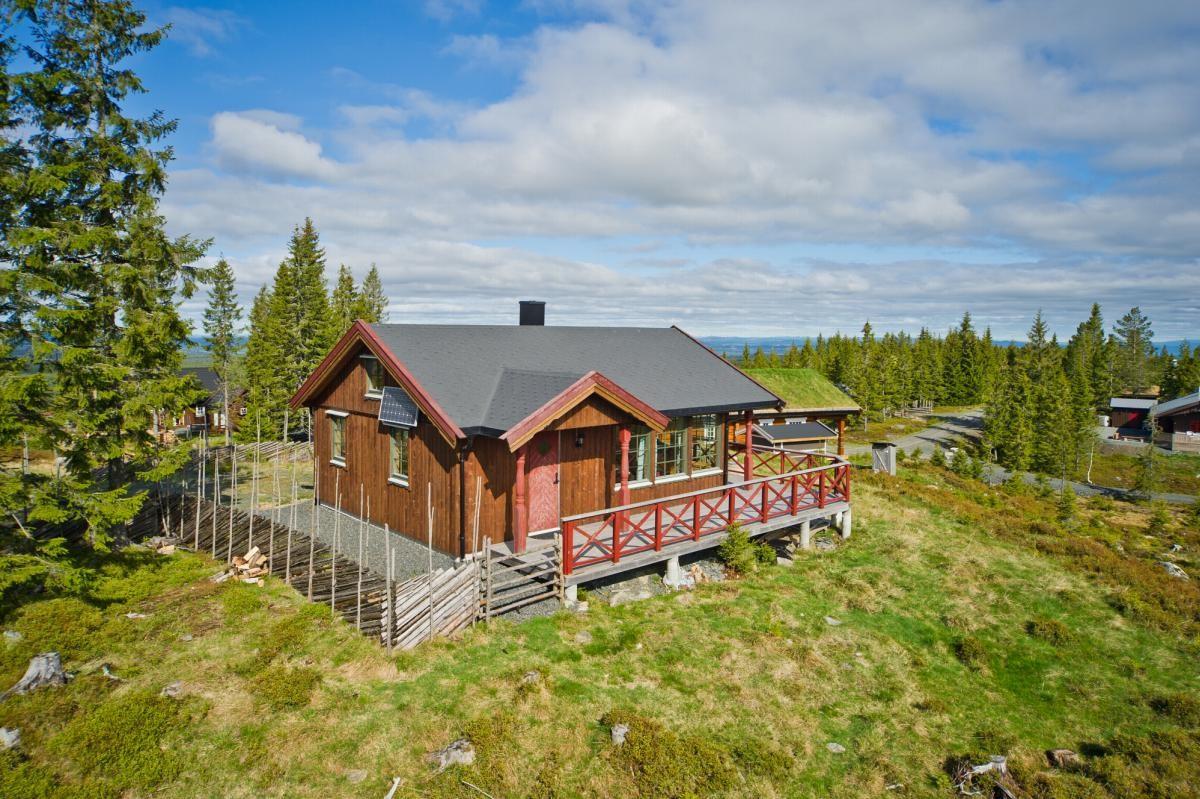 Gjestvang & Partners Gjøvik - Hytte - 1 300 000,-