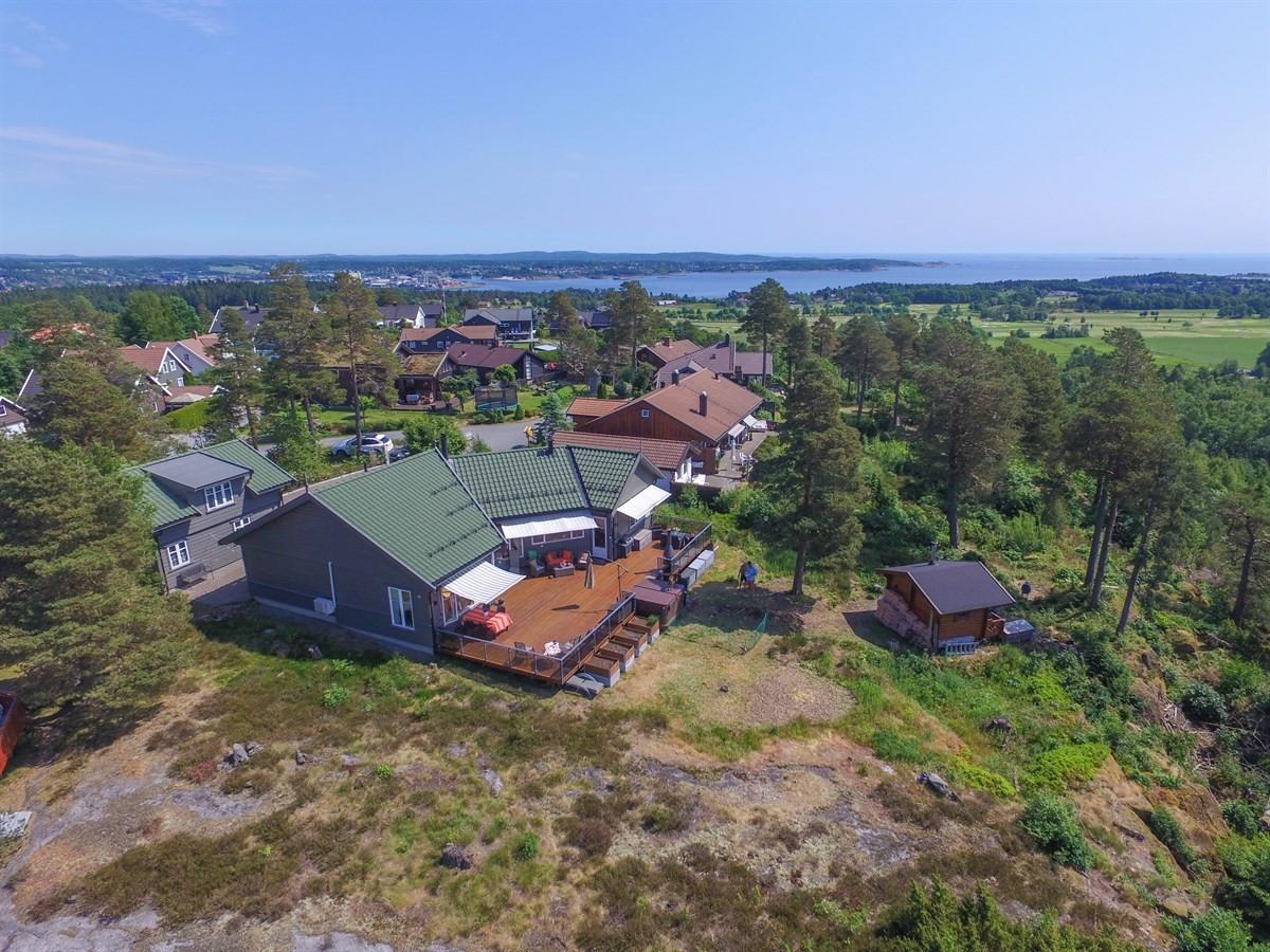 Enebolig - larvik - 5 200 000,- - Leinæs & Partners