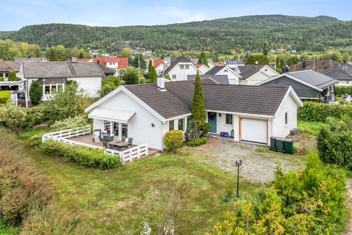 Enebolig - steinberg - 2 900 000,- - Meglerhuset & Partners