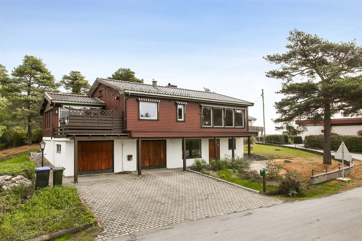 Enebolig - gressvik - 3 200 000,- - Møller & Partners