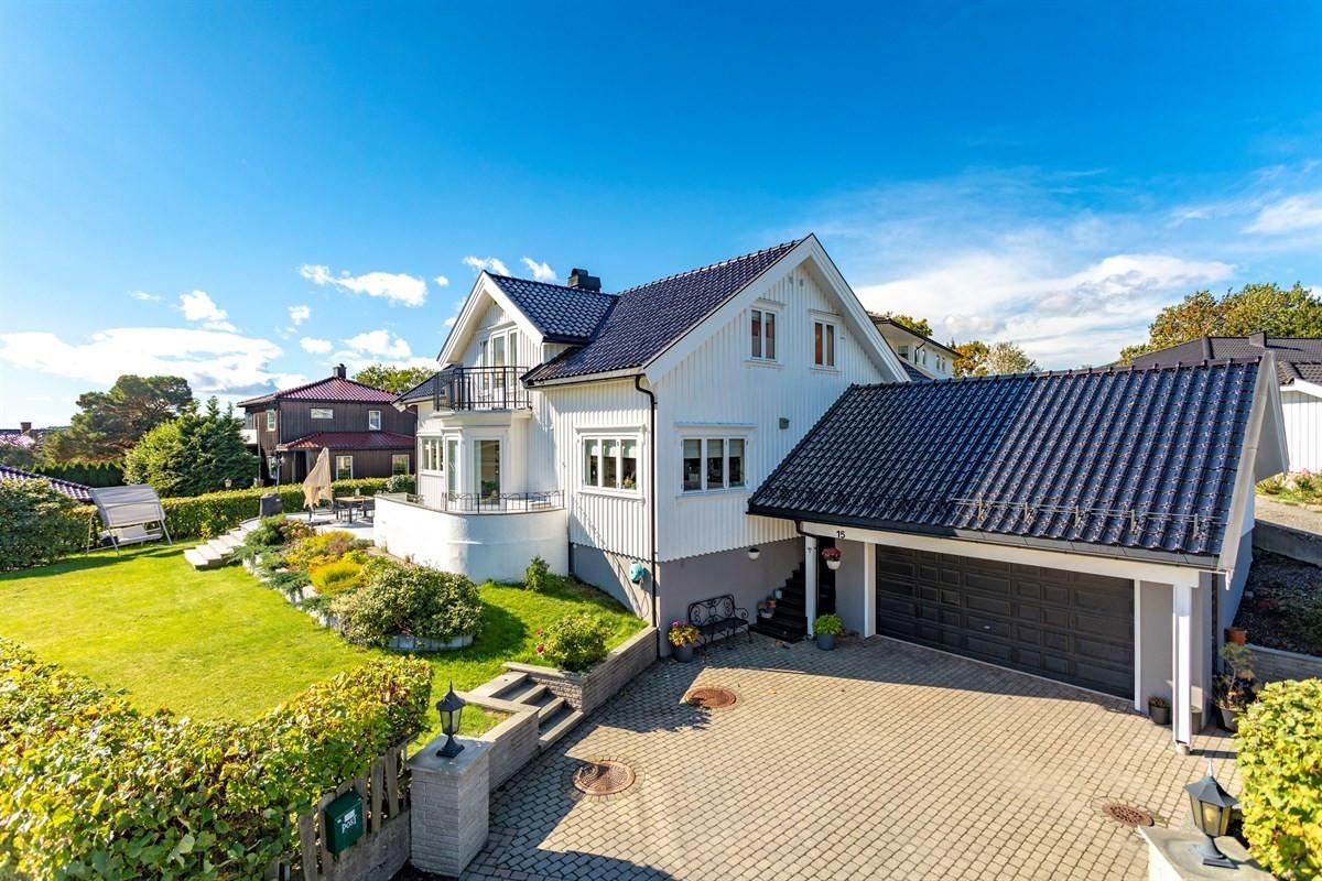 Enebolig - Byskogen - larvik - 5 300 000,- - Leinæs & Partners