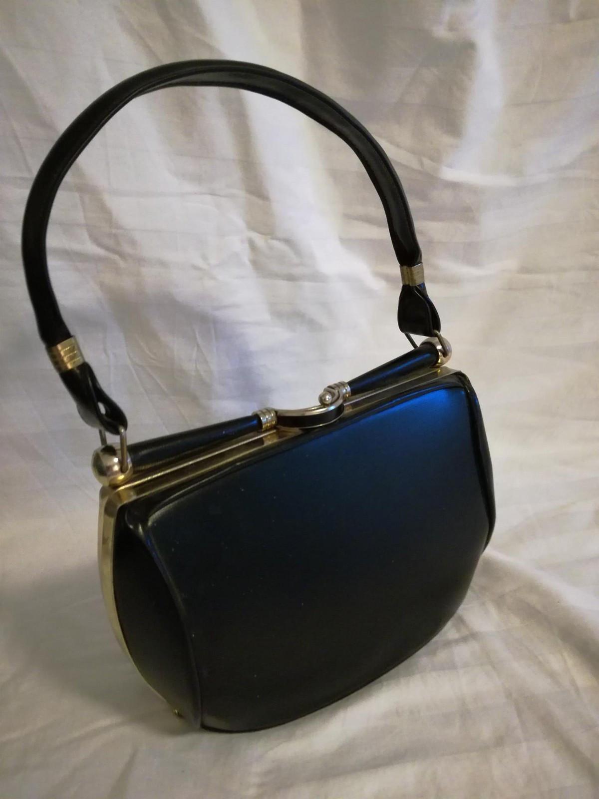 Vintage, sort håndveske fra 50 tallet med fine detaljer