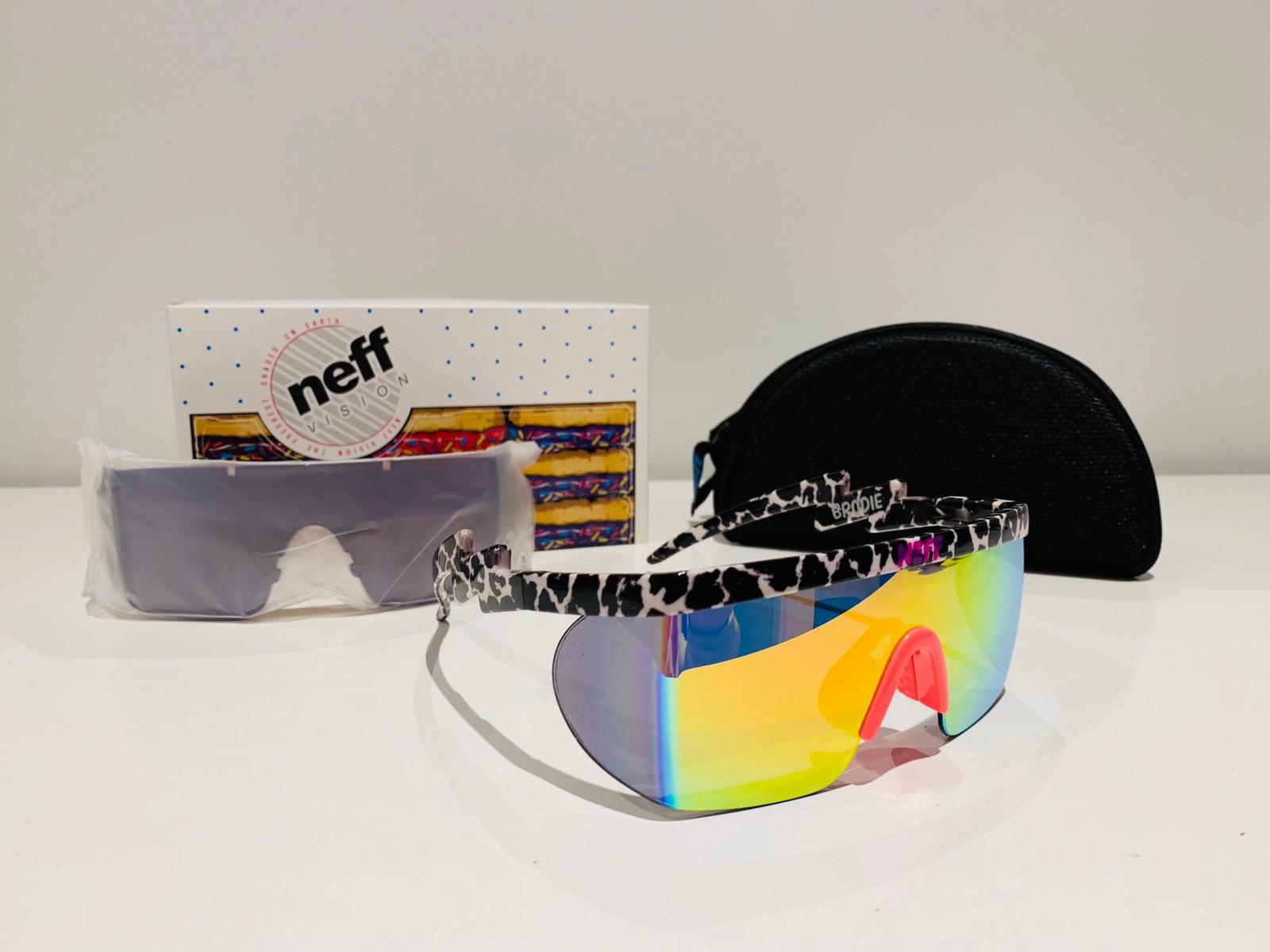 a9afe3ada076 vinter vinter vinter solbriller shades shades shades FINN Afterski raske  påske no fest B6xwSxn7
