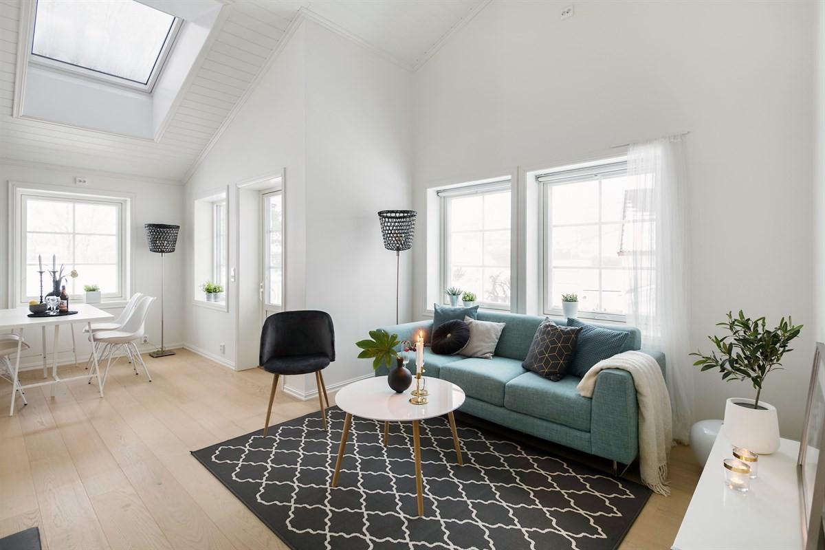 Velkommen til visning i Rasta Gårds vei 16 - Moderne fire roms selveier med to bad og to garasjeplasser.