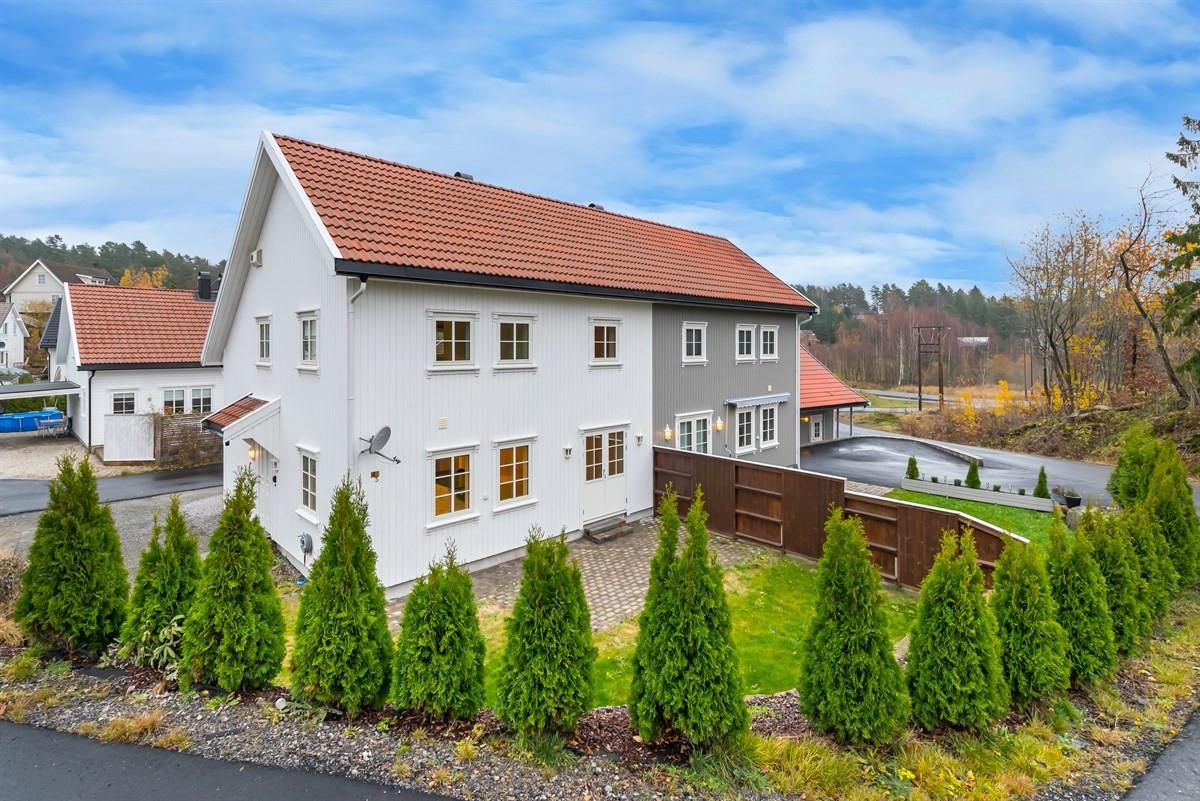 Tomannsbolig - kongshavn - 2 390 000,- - Meglerhuset & Partners