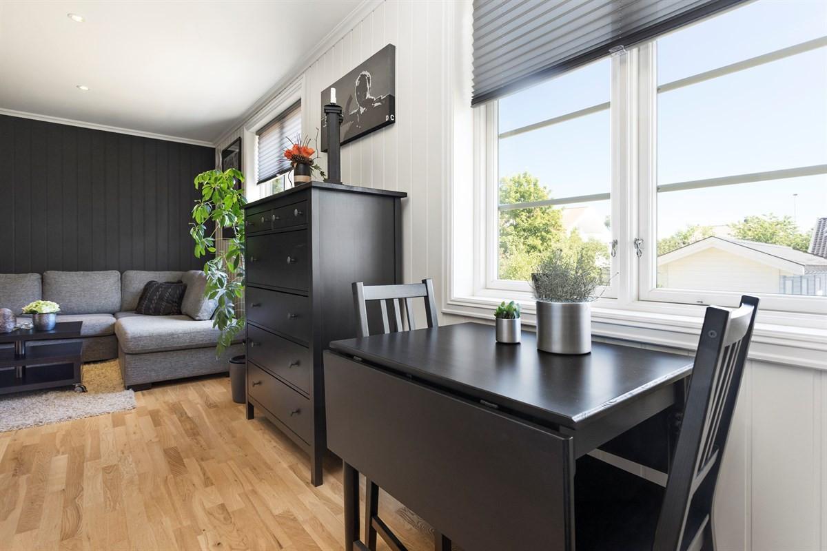 Leilighet - Nanset - larvik - 1 390 000,- - Leinæs & Partners