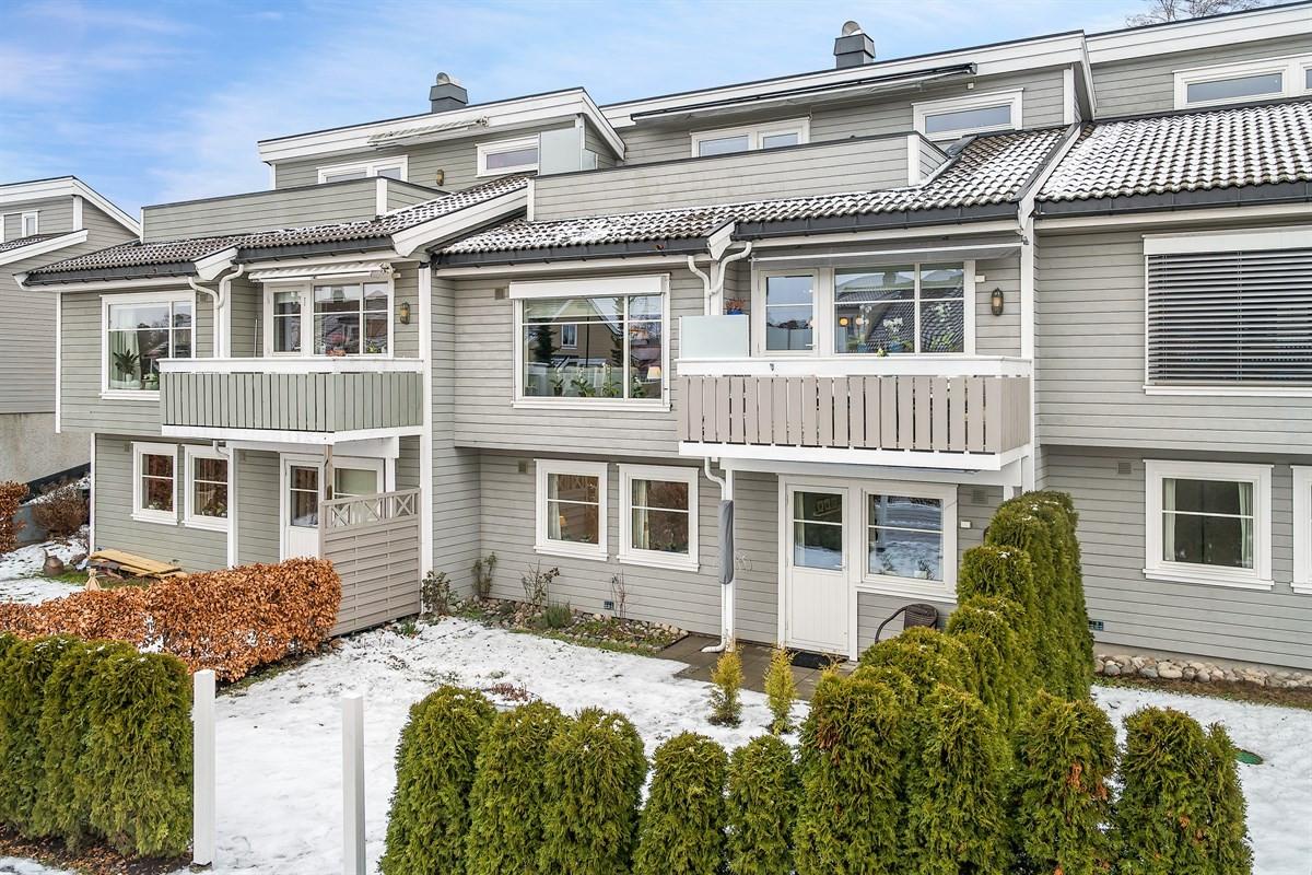 Rekkehus - tolvsrød - 3 890 000,- - Bakke Sørvik & Partners