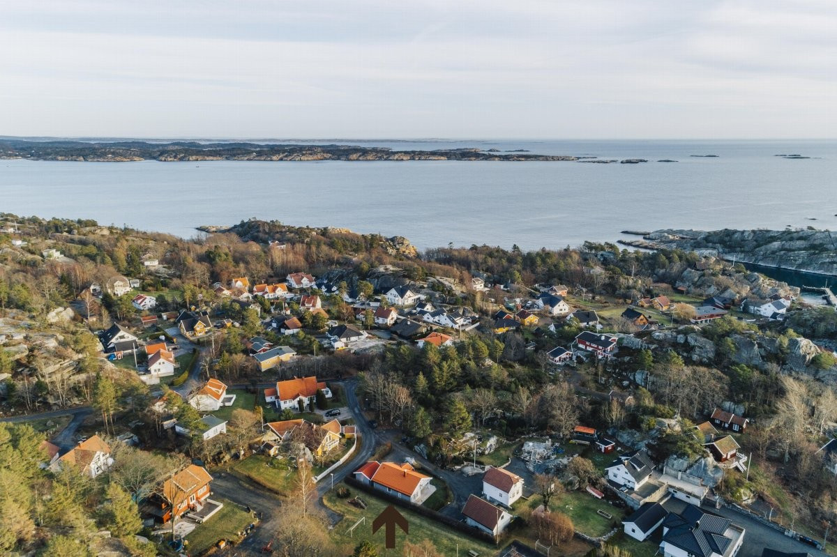 Enebolig - Kjerringvik - tjodalyng - 3 290 000,- - Leinæs & Partners
