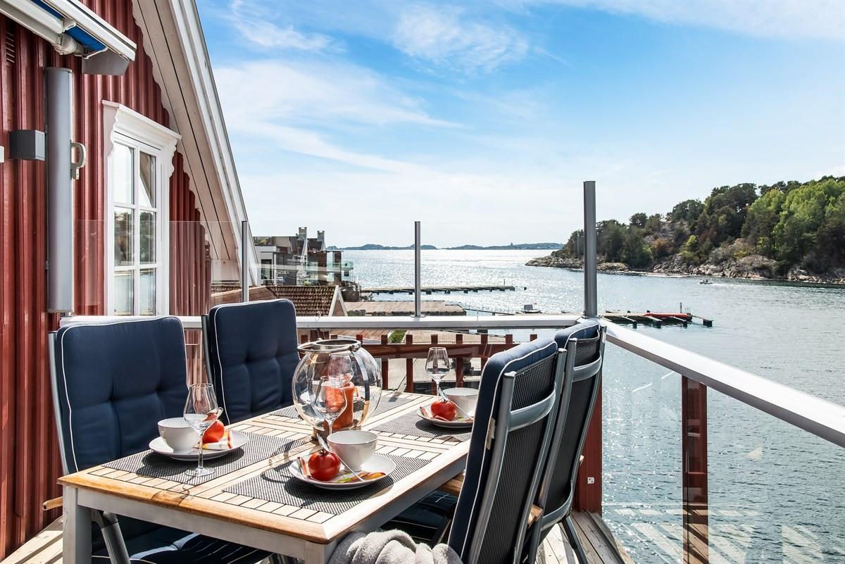 Leilighet - Rekkevik Brygge - larvik - 6 900 000,- - Leinæs & Partners