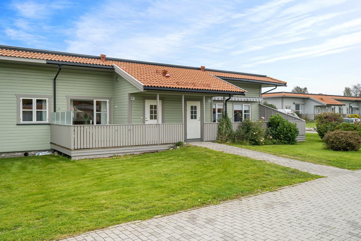 Rekkehus - tolvsrød - 2 490 000,- - Bakke Sørvik & Partners