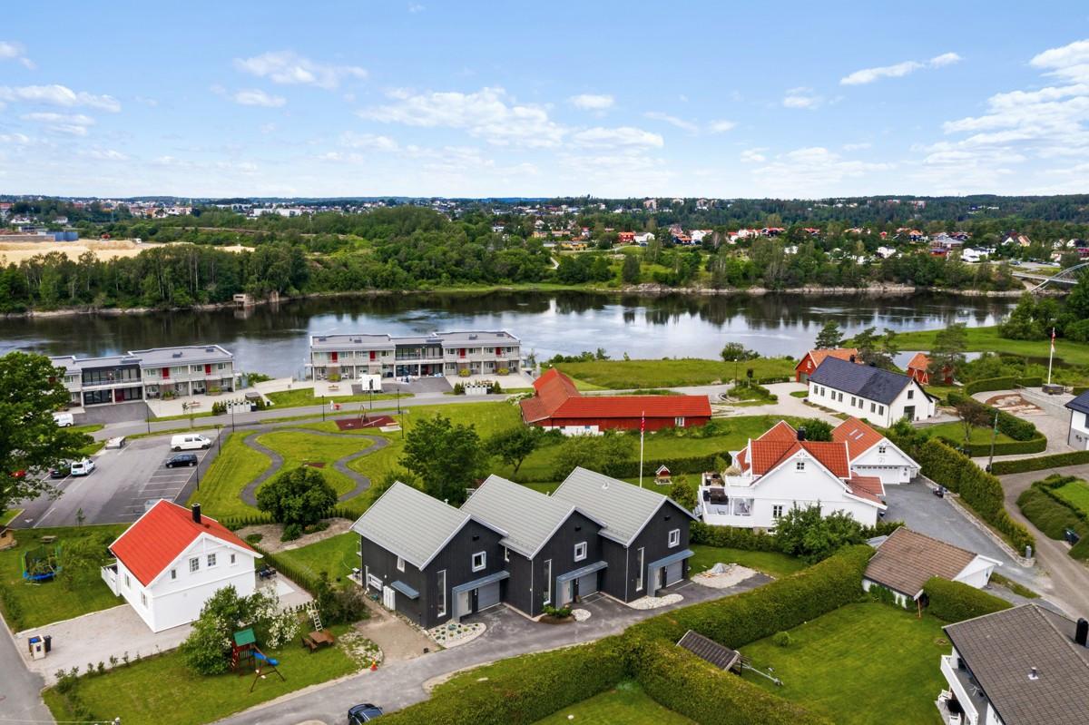 Enebolig - hafslundsøy - 3 390 000,- - Grimsøen & Partners