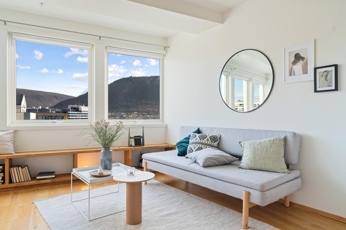 Velkommen til en unik 2-roms i populære Strandskillet 5 Sameie!