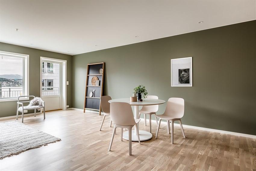 God plass til spisebord  (Bildet er hentet fra tilsvarende leilighet, avvik kan forekomme)