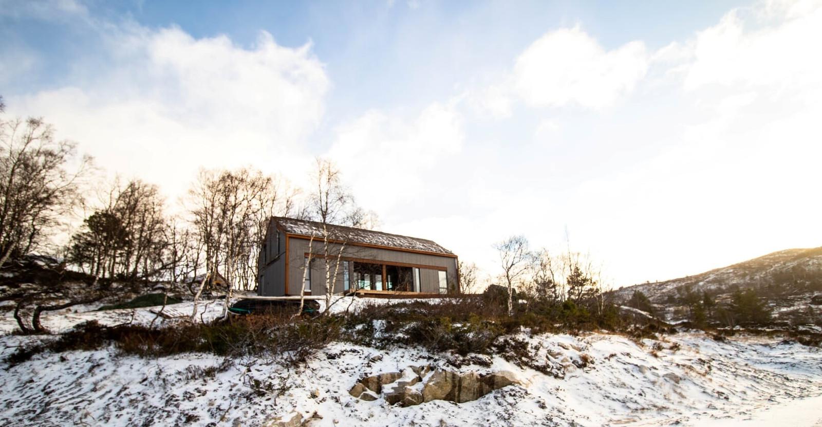Den fantastiske Langhytta med 155 kvm - Mange soverom - Mye vinduer/lys & utsikt