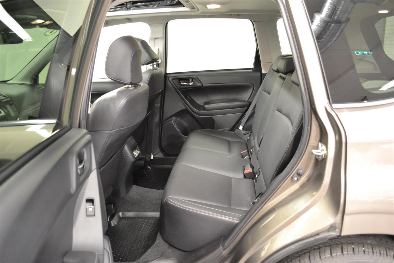 Subaru Forester Slide 8