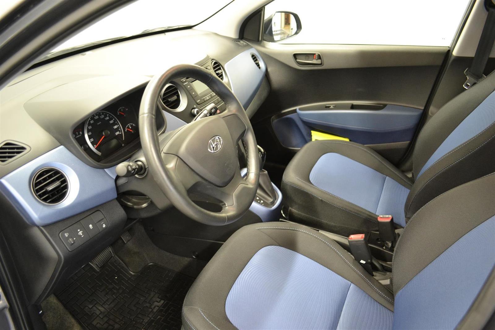 Hyundai i10 Slide 7