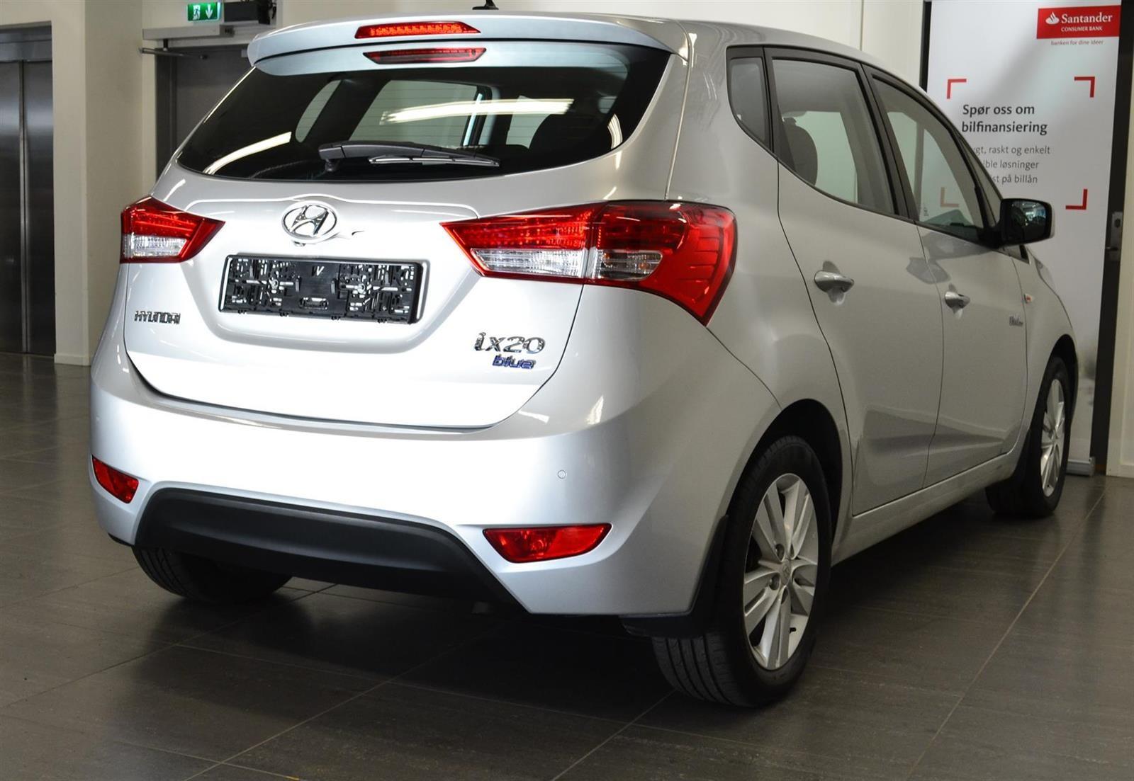 Hyundai ix20 Slide 5