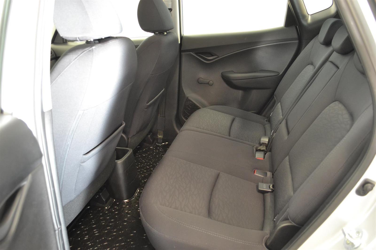 Hyundai ix20 Slide 7