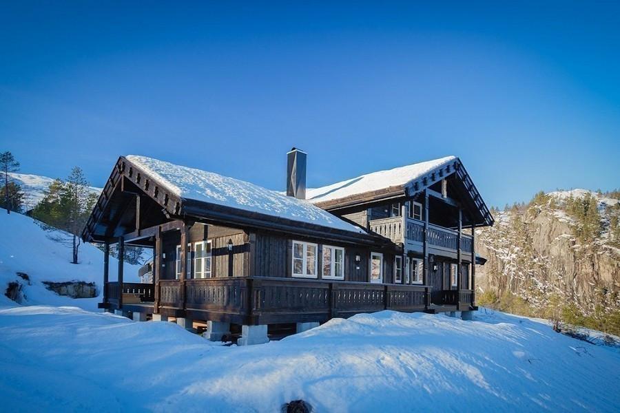 Storodde - En meget praktisk familie hytte - Med 4 soverom - 2 stuer - God bod plass - Romslig terrasse og mye mer. Kundetilpasninger forekommer ofte, ved hjelp av våre flinke arkitekter.