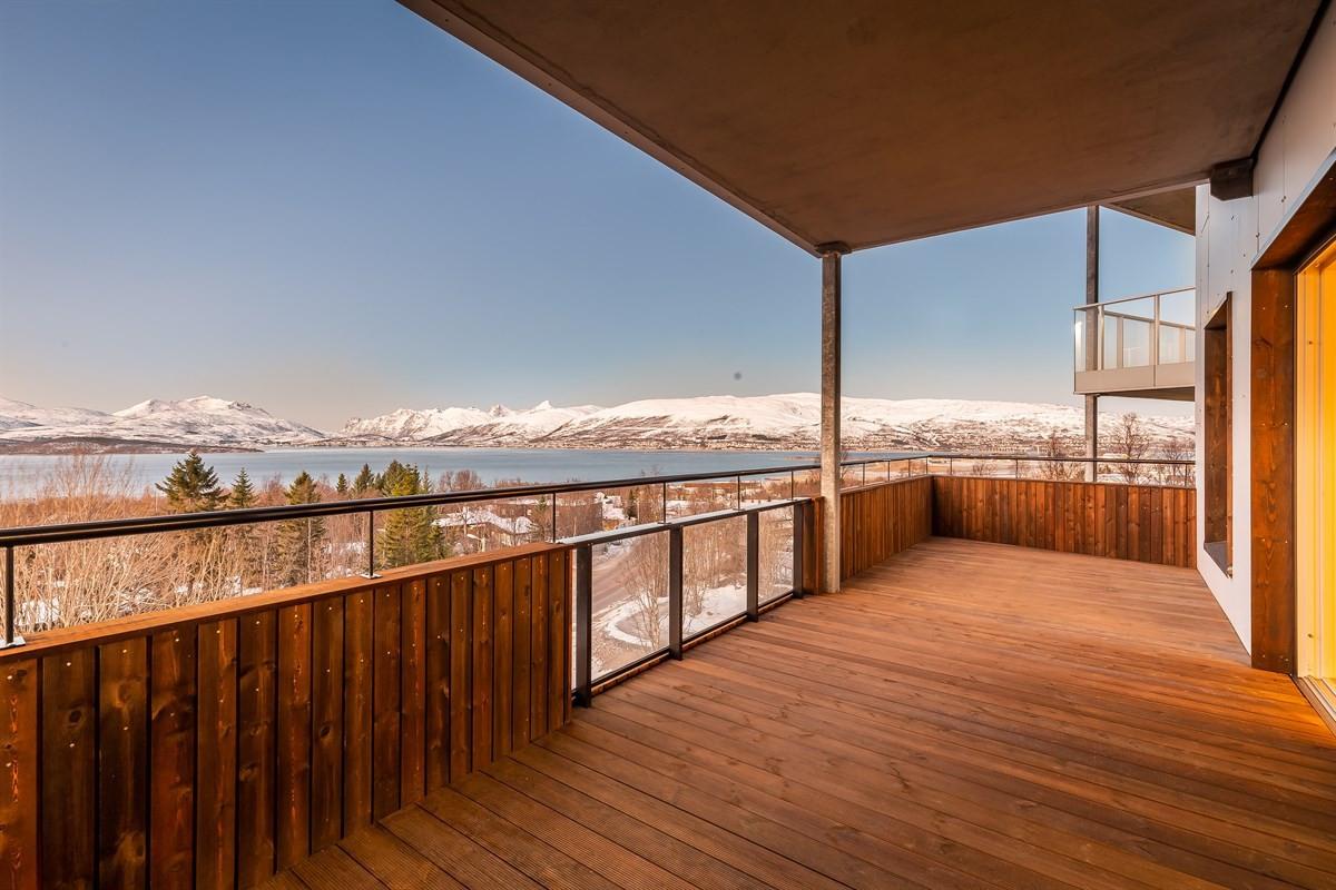 Vestvendt balkong