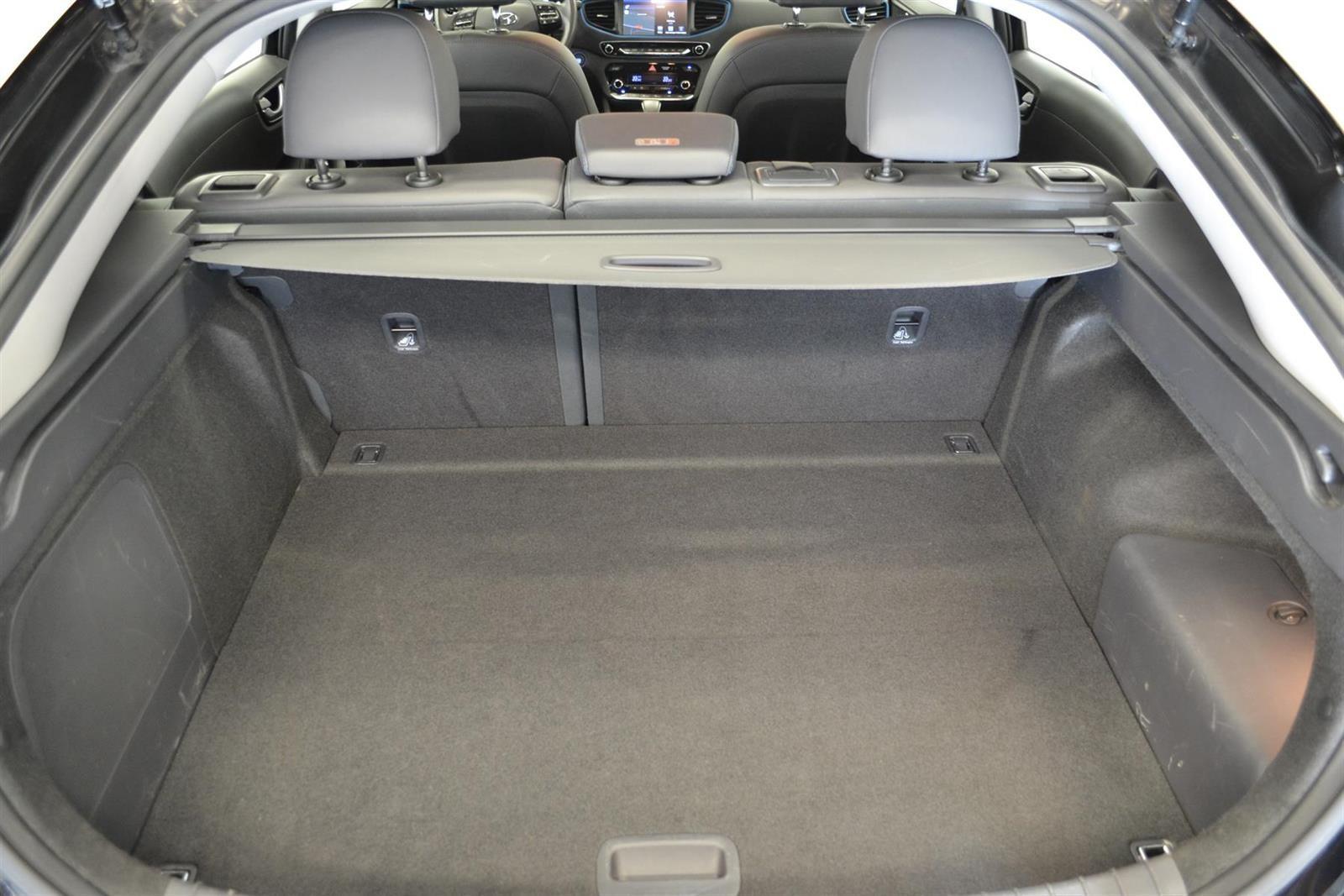 Hyundai Ioniq Slide 6