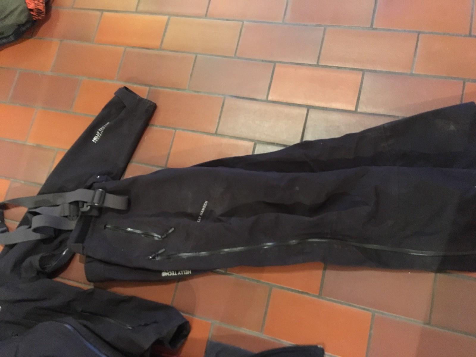 Helly Hansen Mountain Gore Tex skalljakke og bukse med Recco