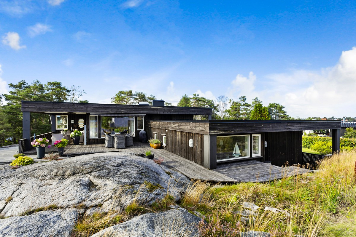 Enebolig - larvik - 6 980 000,- - Leinæs & Partners