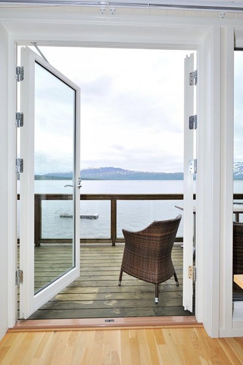 Utgang fra stue til balkong