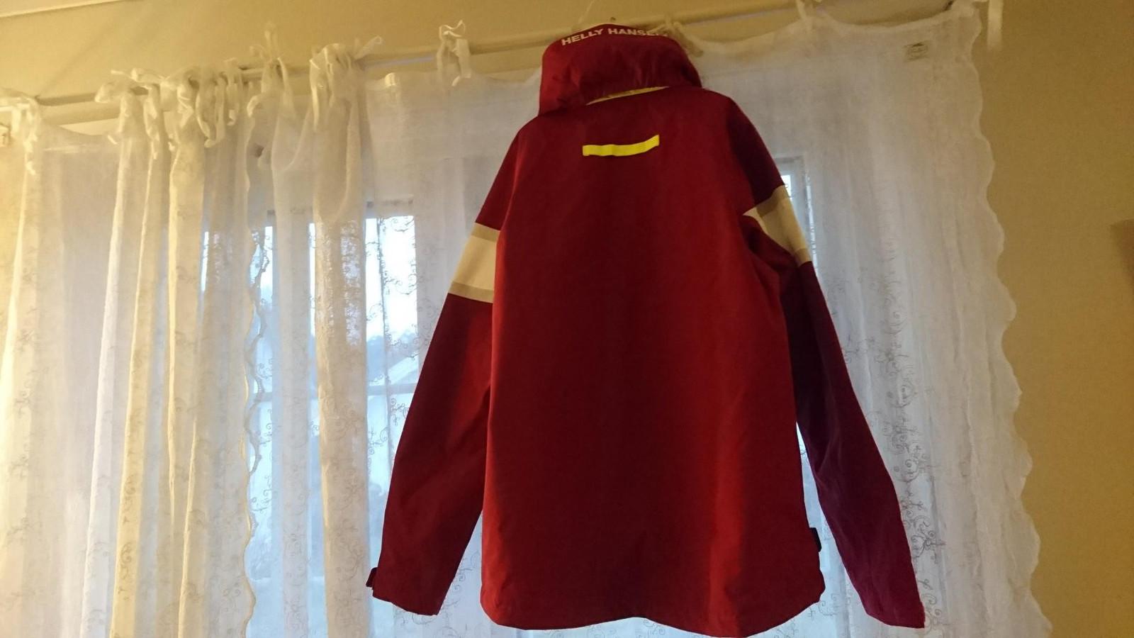 Ny Helly Hansen W Salt Flag Jacket str. XS | FINN.no