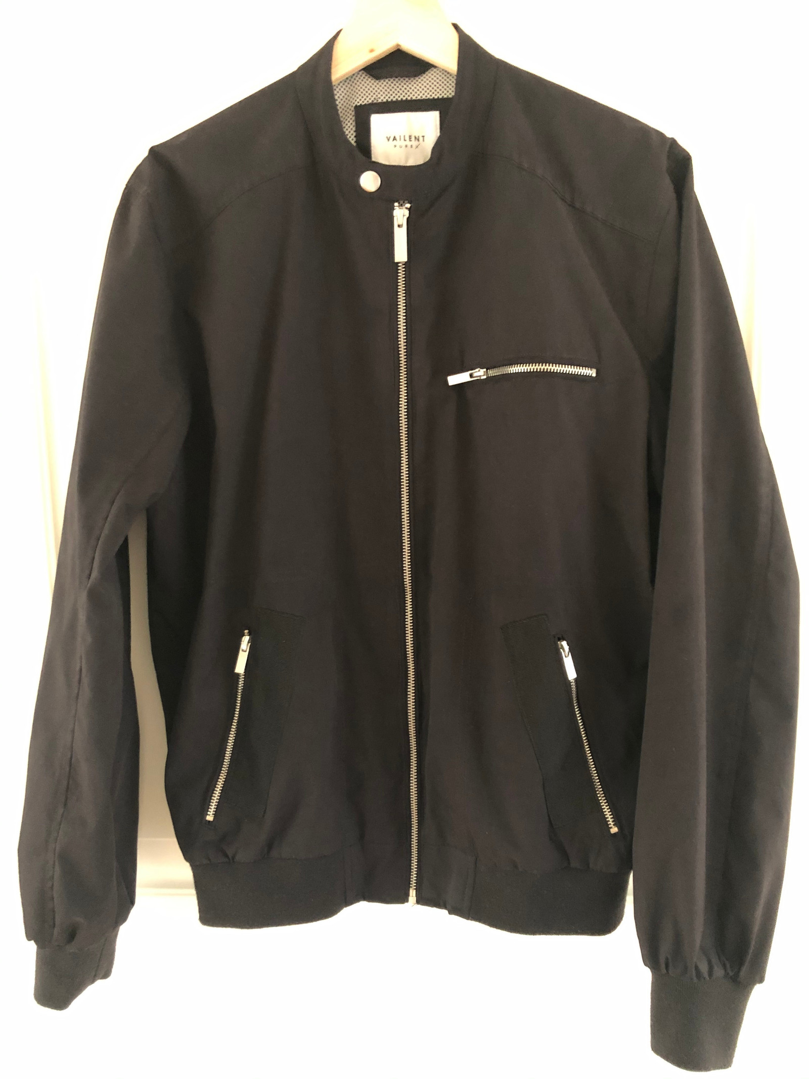 Vailent Pure x jakke til herre | FINN.no