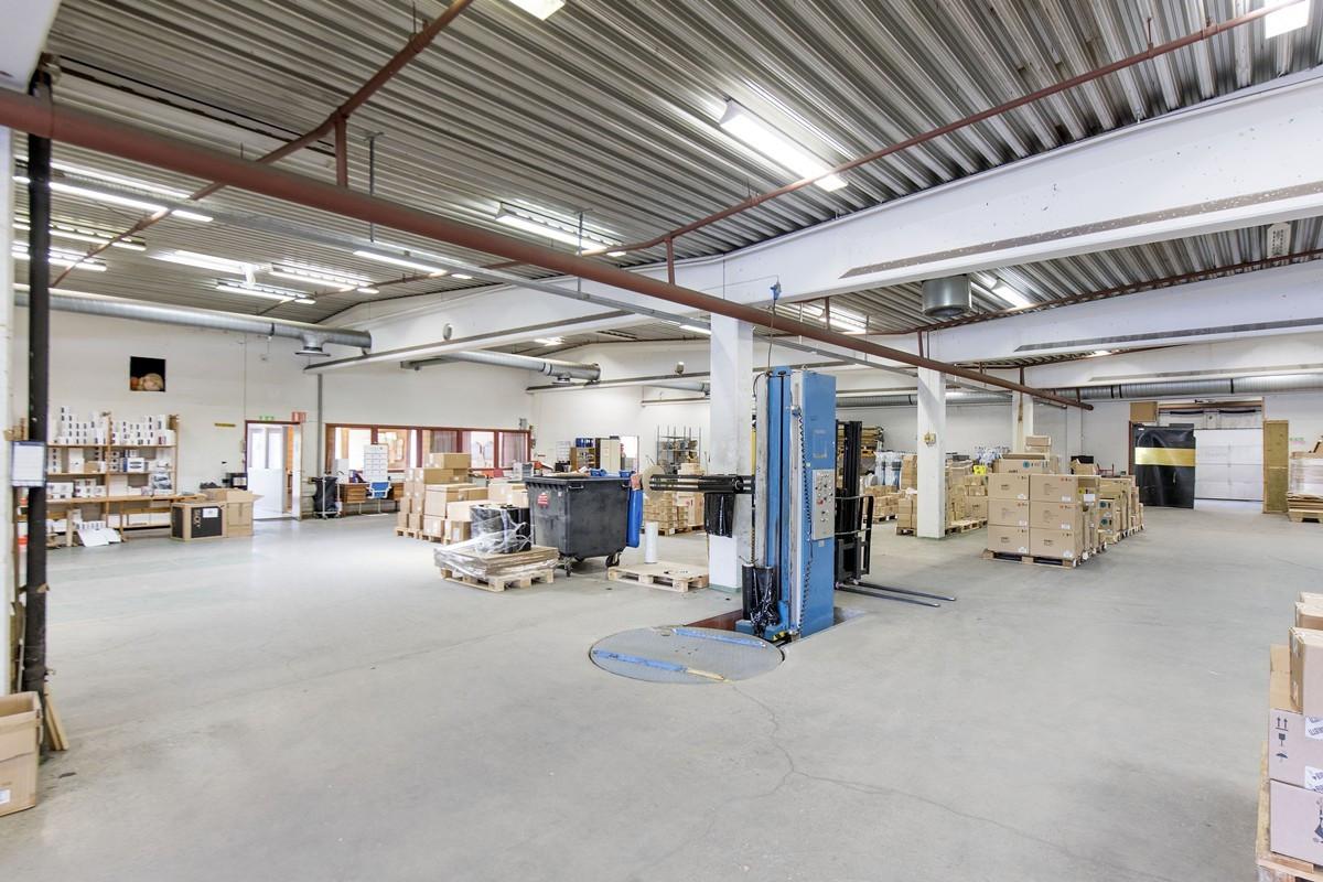 Lager og lagerkontor