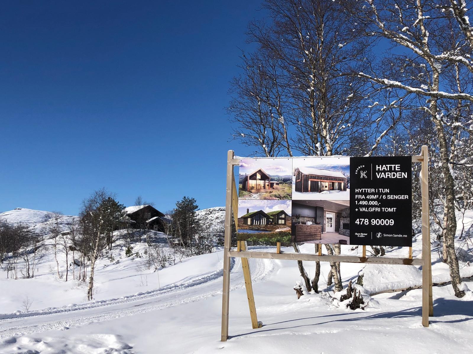 Fra Hattevarden Knaben i mars 2019! Velg mellom over 120 ledige tomter, og våre over 100 hytte modeller. Sammen finner vi hytten som passer for deg og familien!