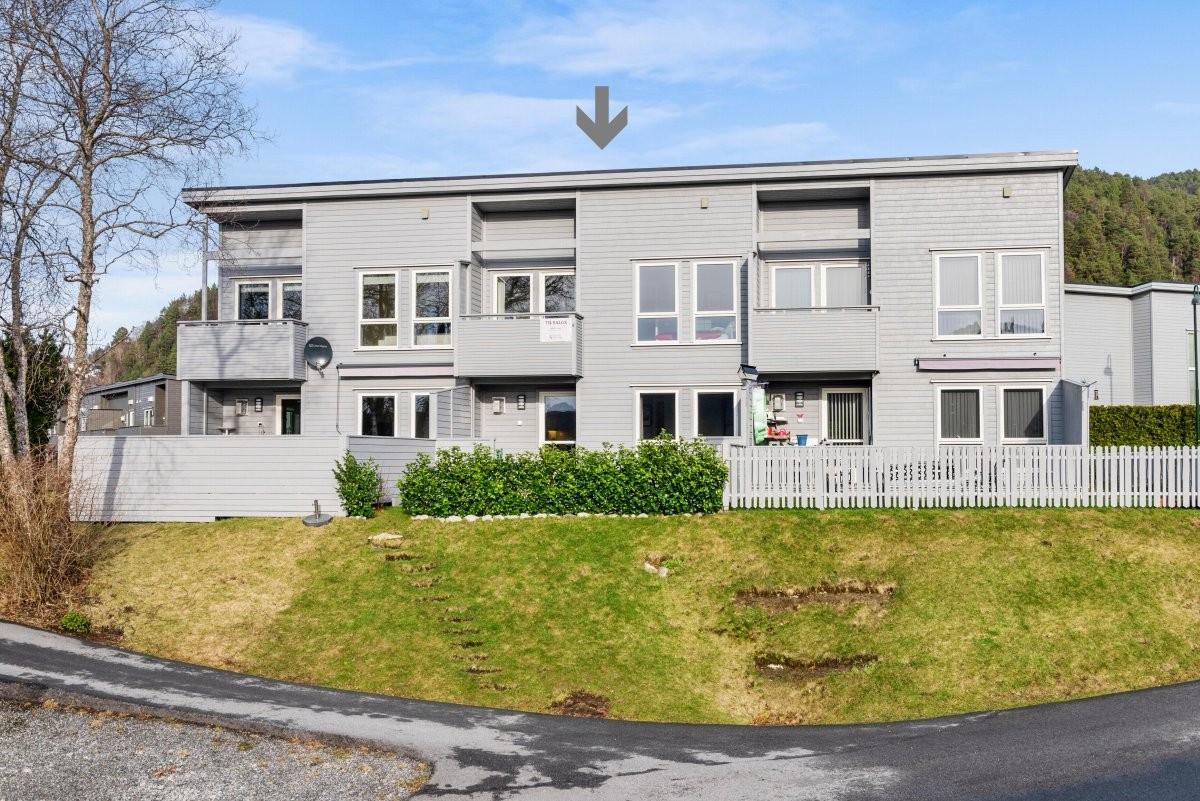 Rekkehus - ålesund - 3 350 000,- - Aursnes & Partners