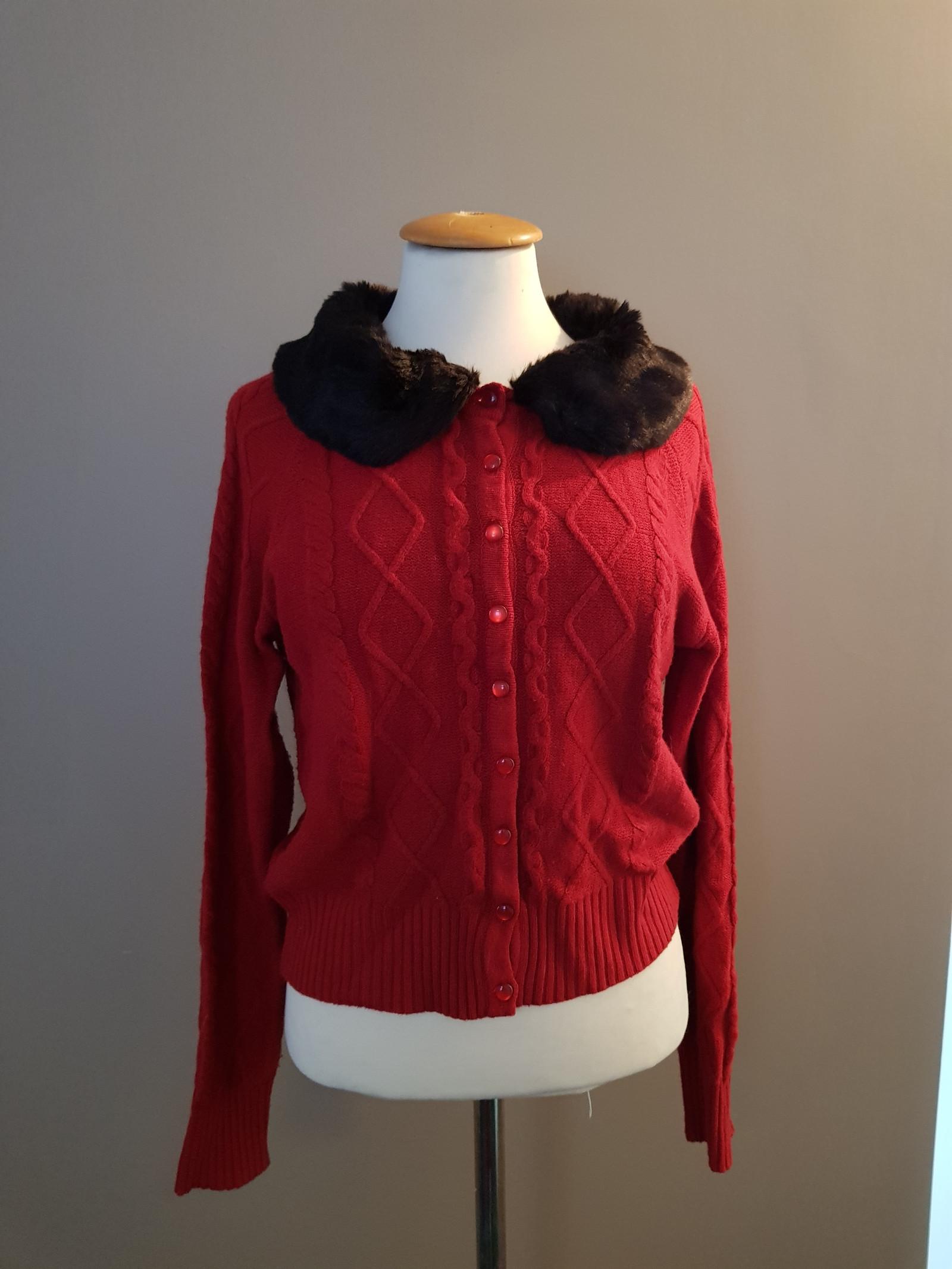 3f76c82c Ny pris! Cardigan rød strikket pels M 38. 50 tallet stil | FINN.no