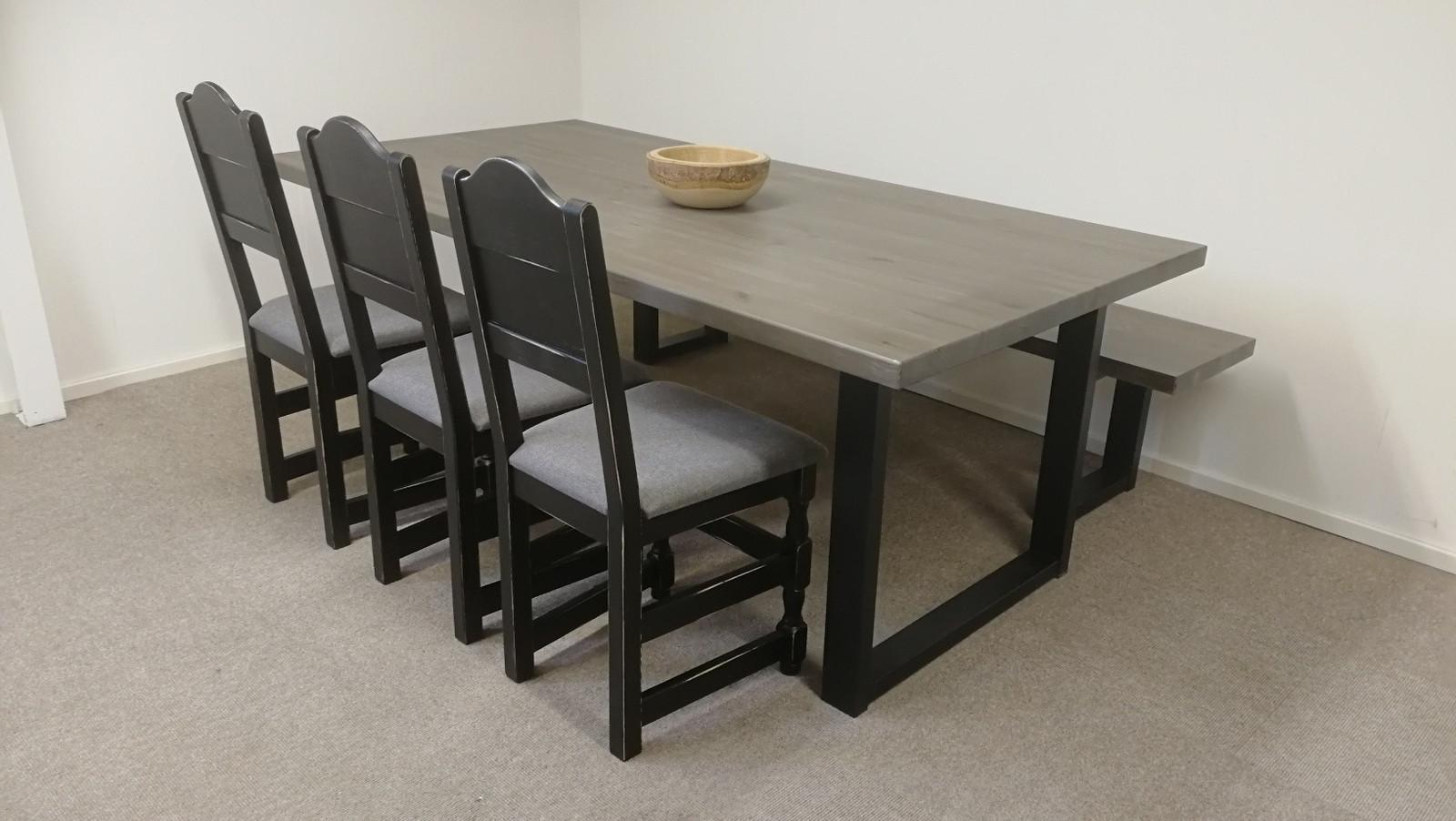 Gjende spisebord Møbler fra Lom