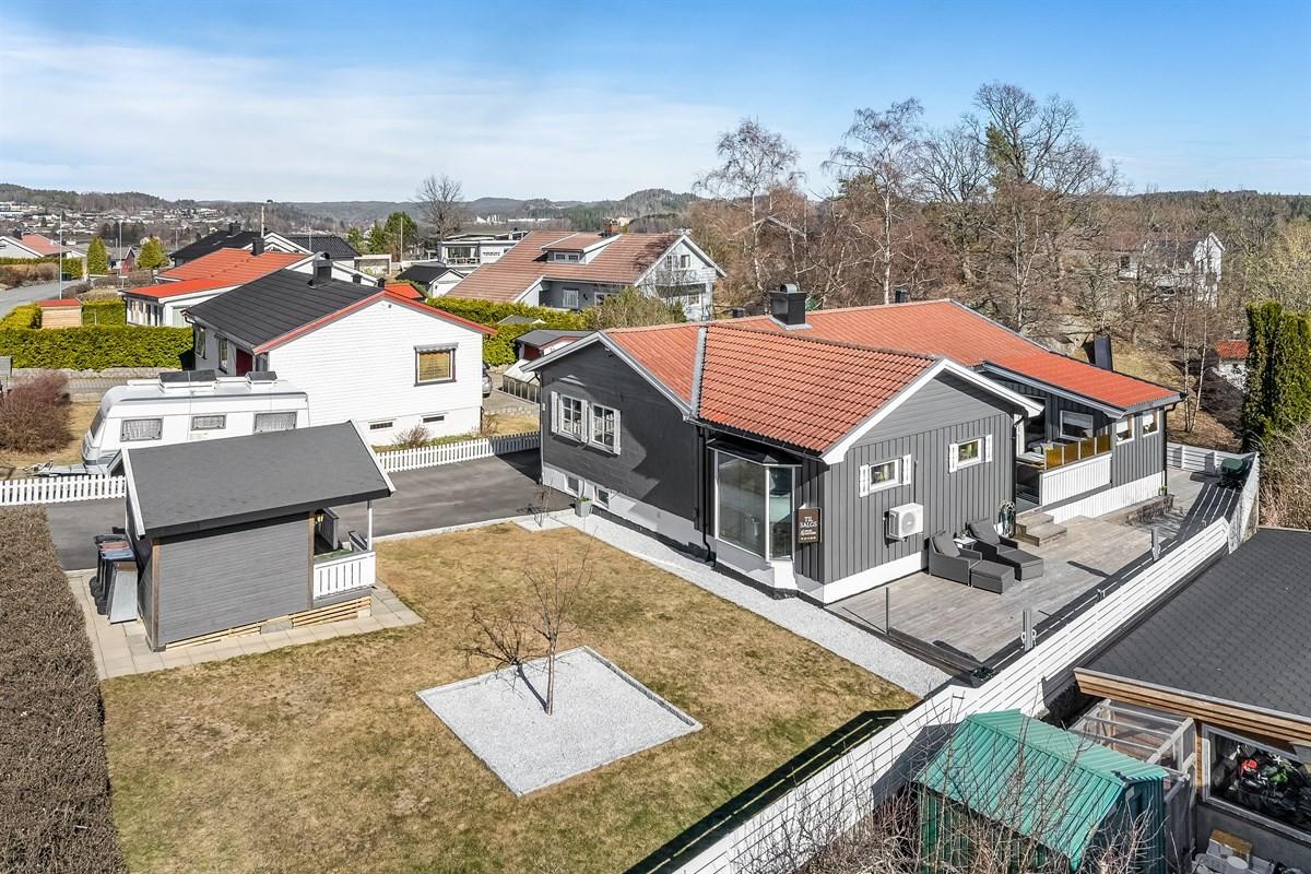 Enebolig - Hovland - larvik - 2 980 000,- - Leinæs & Partners