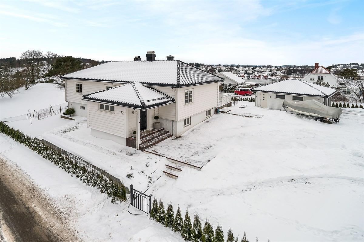 Enebolig - husøysund - 6 250 000,- - Bakke Sørvik & Partners