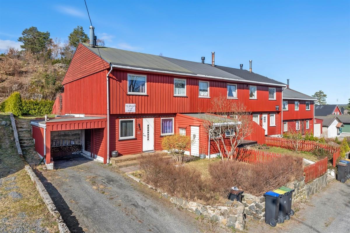 Rekkehus - arendal - 1 690 000,- - Meglerhuset & Partners