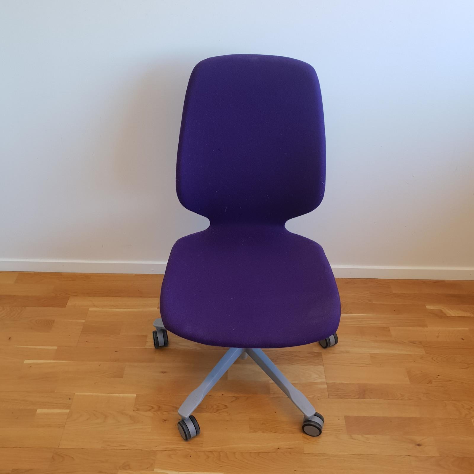 Monroe Stoler Kontormøbler og kontorlandskap | Kinnarps
