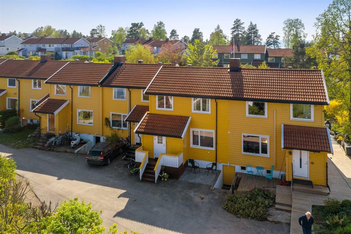 Rekkehus - nesoddtangen - 5 800 000,- - Sydvendt & Partners