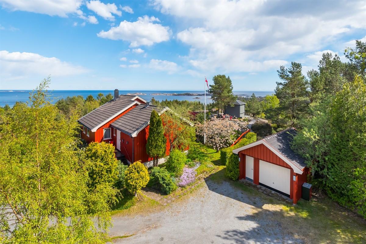Enebolig - grimstad - 3 990 000,- - Meglerhuset & Partners