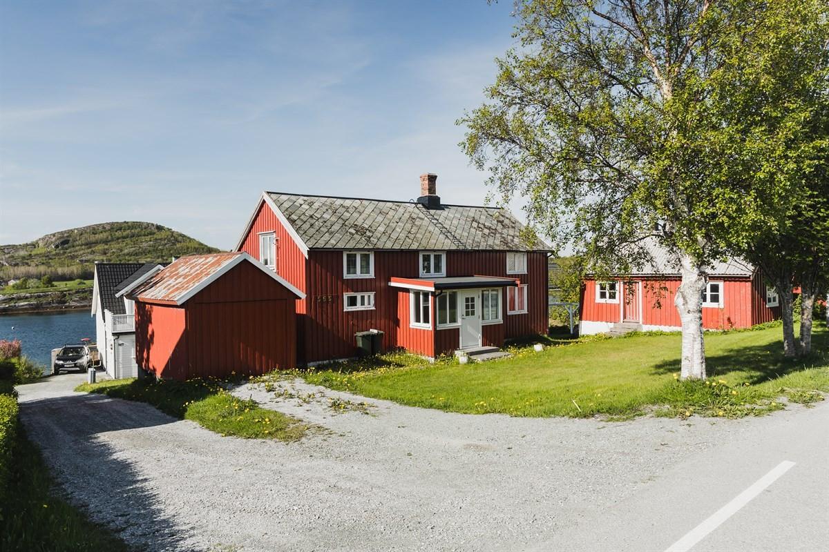 Enebolig - lysøysundet - 1 090 000,- - Olden & Partners