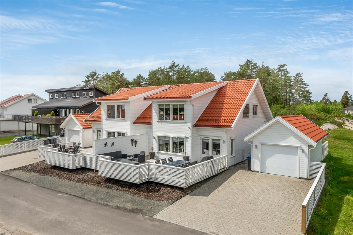 Tomannsbolig - stavern - 3 450 000,- - Leinæs & Partners