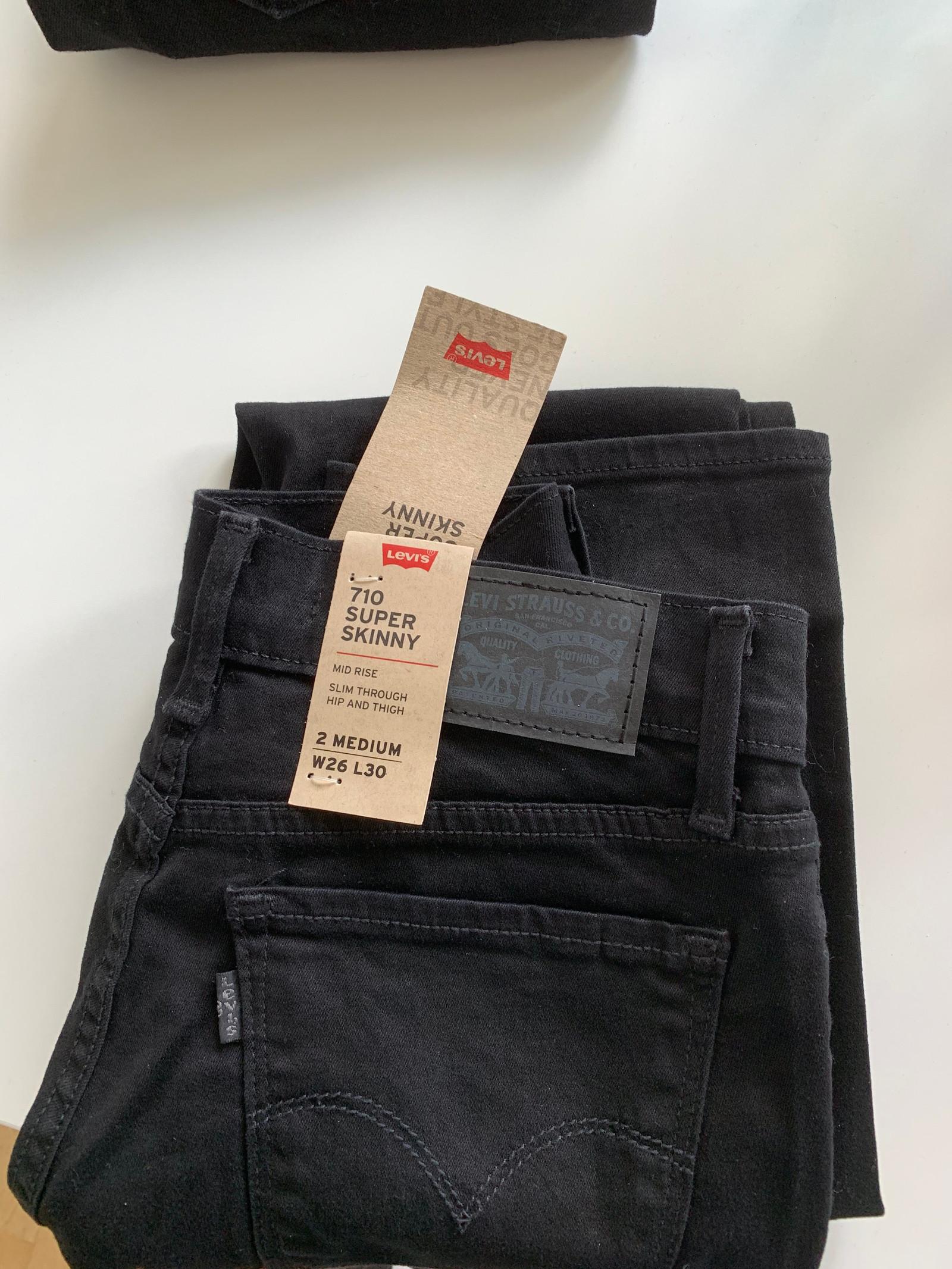 00df2ca6 Ny levis bukse modell 710, str w26 l30. Lapper på | FINN.no