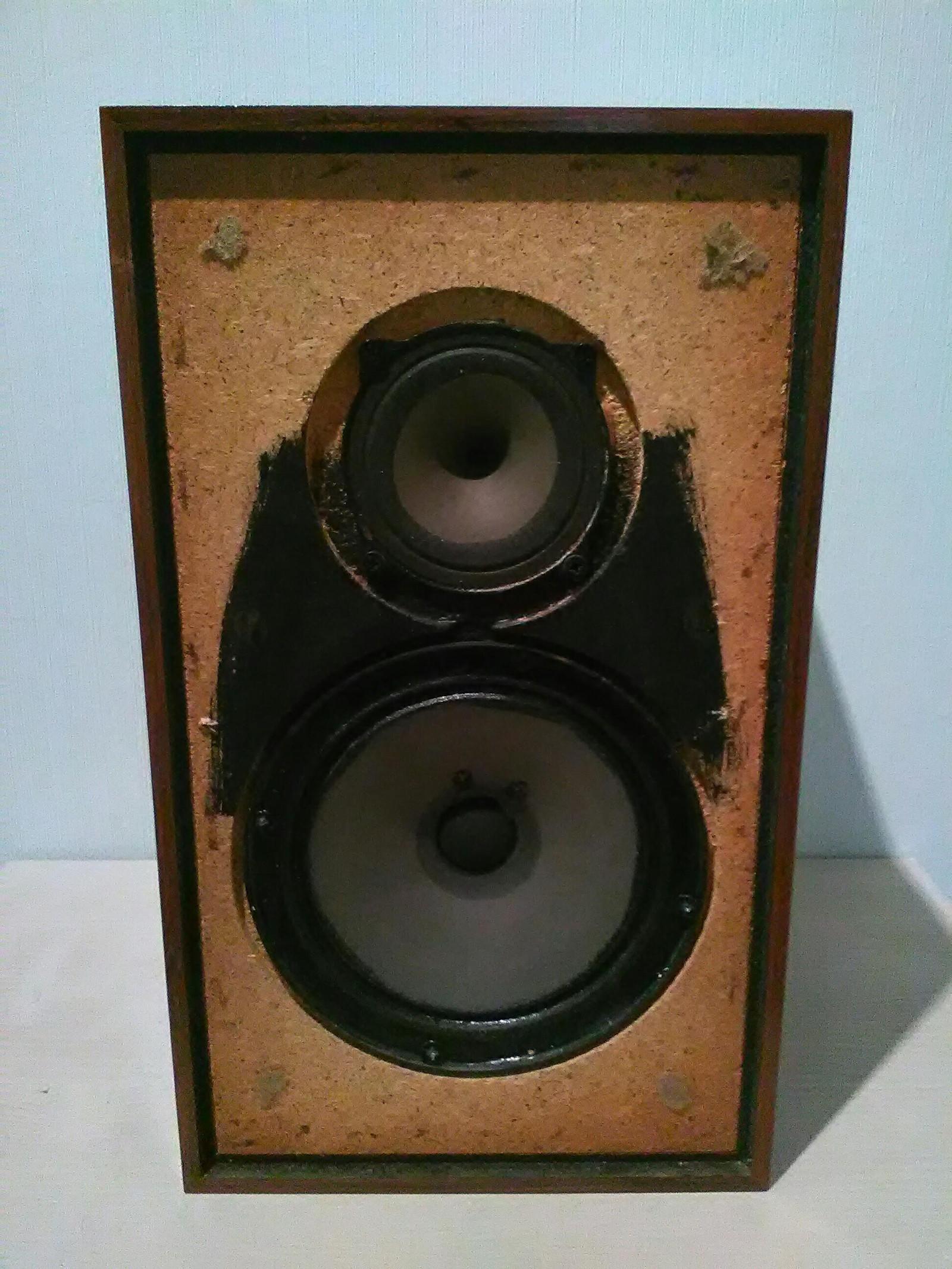 1 stk. Radionette 25W Trykkammer høyttaler TK 10 i teak