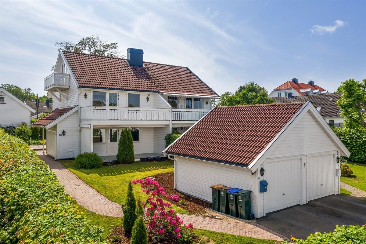 Rekkehus - tolvsrød - 2 990 000,- - Bakke Sørvik & Partners