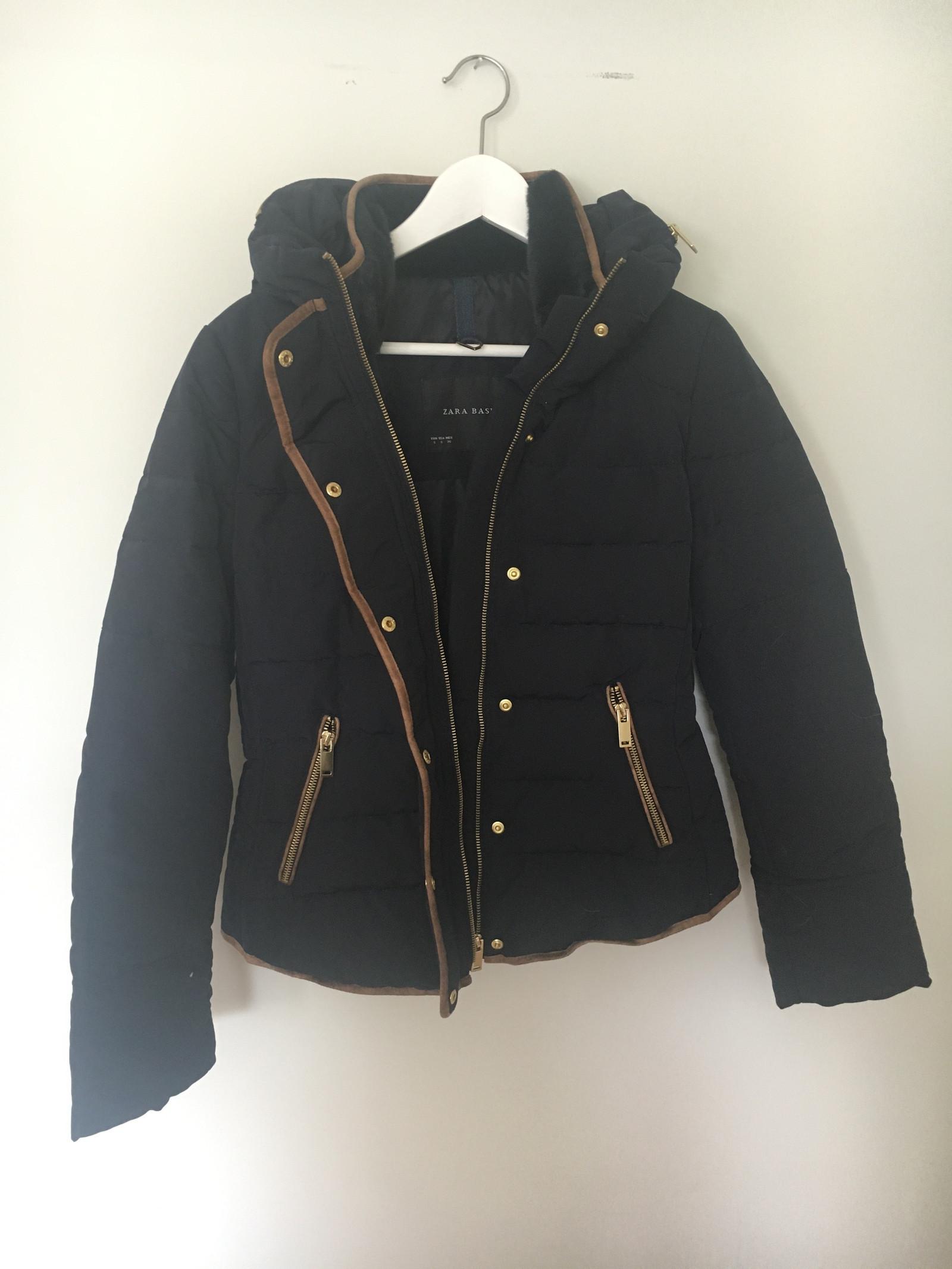 538998de Utrolig pen jakke fra Zara   FINN.no