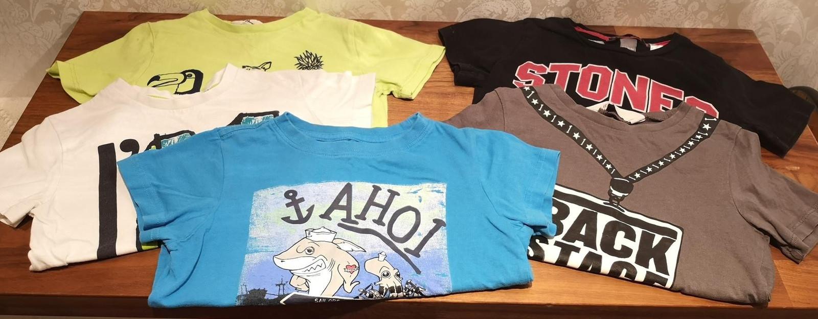 T skjorter pakke. 100 kr | FINN.no