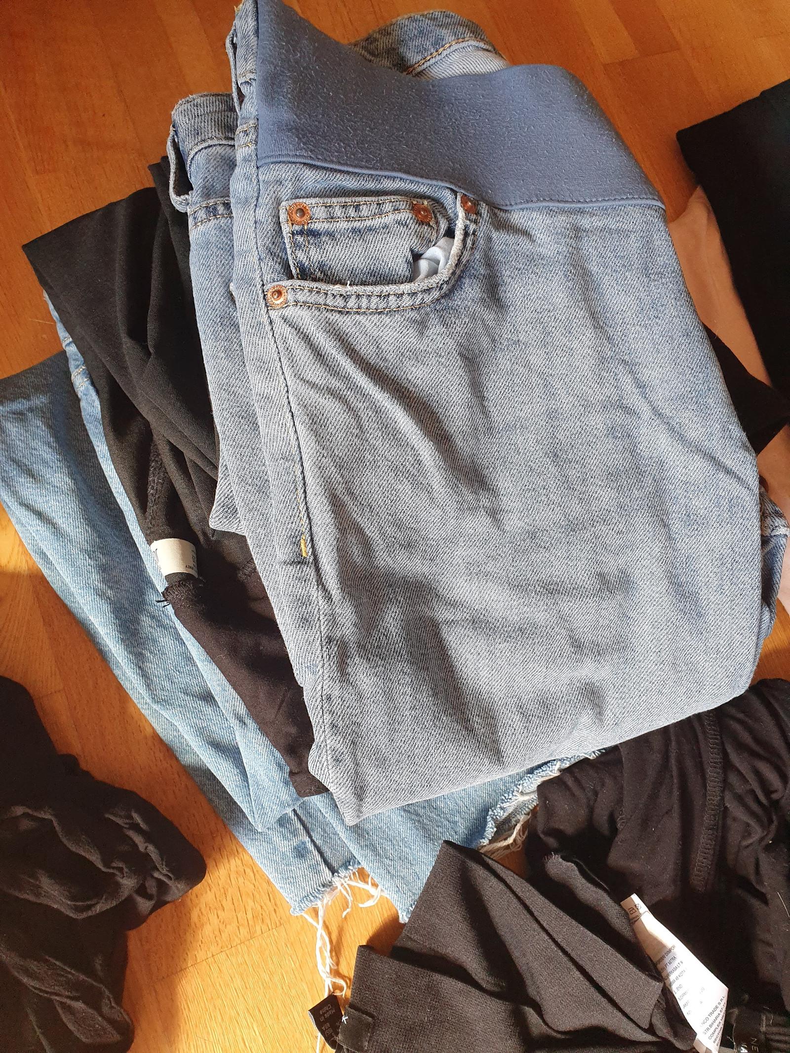29af099f Pakke med gravidklær, str M | FINN.no